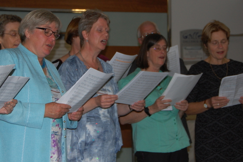 The Linnets – the SfEP's choir, this year augmented by some indexers! – sing for their supper